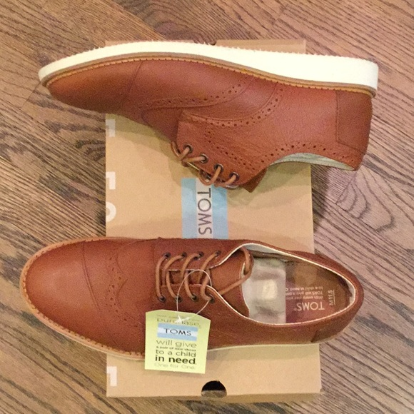 f8d618a378e Toms men s Brogue shoes